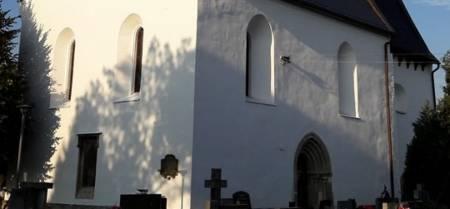 Hřbitovní kostel svatého Kříže