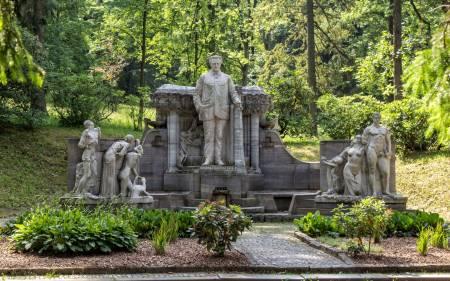 Pomník Vincenze Priessnitze