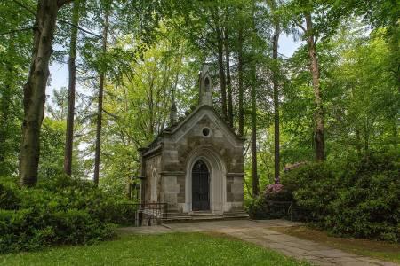 Hrobka Vincenze Priessnitze a kaple