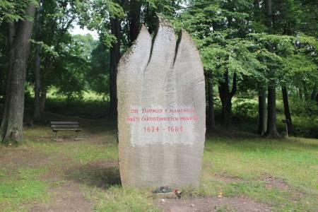 Pomník obětem čarodějnických procesů (Jeseník)