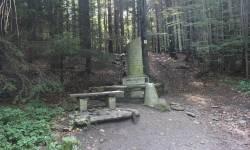 Enhuberův pomník