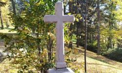 Zádušní kříž