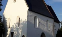 Hřbitovní kostel sv. Kříže