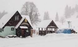Chata U bílého vlka, Ostružná