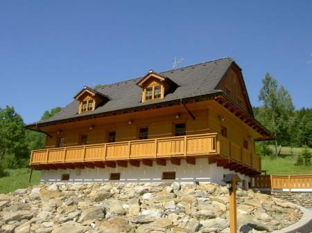 Chata 7 dvorů, Vernířovice